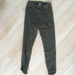 h&m olive green jegging with waist side zipper